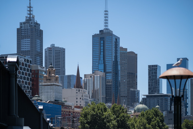 Australien Melbourne: Blick vom Yarra River auf Melbournes City